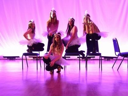 Dance - Spotlight